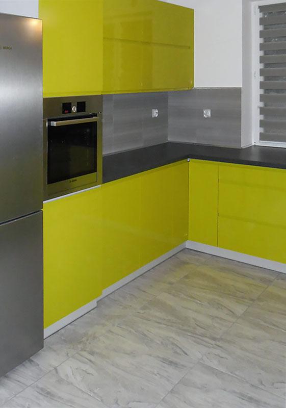 Duża limonkowa rodzinna kuchnia  Komodo