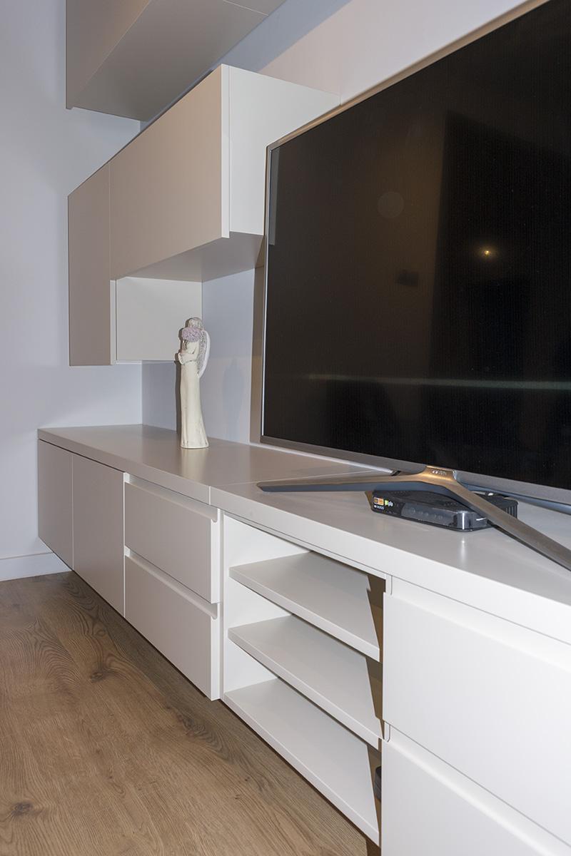 komoda pod telewizor ścianka telewizyjna komodo